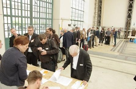 Sabine Kuban organisiert die Anmeldung (und vieles mehr) | Foto Bernhard Heres